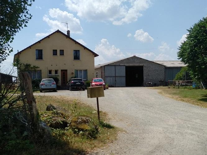 FRANCE - BEEF FARM FOR SALE.  REF : L5